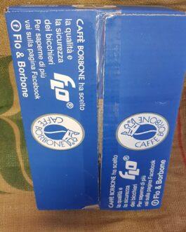 Kit Accessori 150 Bicchieri 150 Palette e 150 Bustine di Zucchero